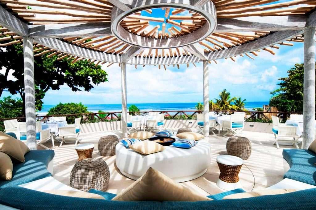 Los BEACH CLUBS, verdaderos paraísos para disfrutar del VERANO